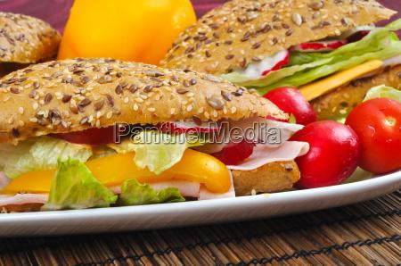 dreieck frisches sandwich mit gemuese