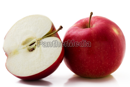 apple and apple half