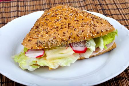 triangle frisches sandwich mit gemuese