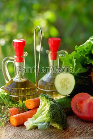 oil vinegar and vegetables