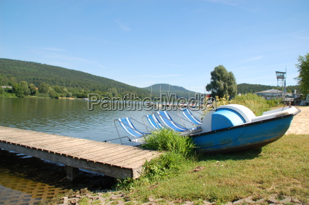 pedalo on schiedersee