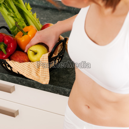 healthy eating woman with apple