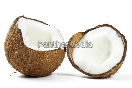 zerbrochene kokosnuss