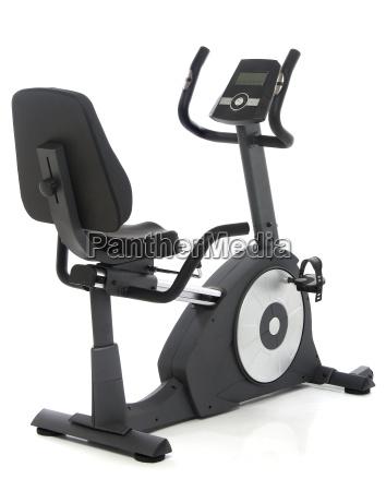 stationaeres fahrrad fitnessgeraet