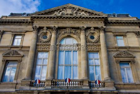 frankreich lokal einheimische regierung franzoesisch landesregierung