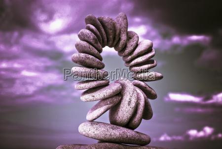 steine die kreisfoermig angeordnet sind