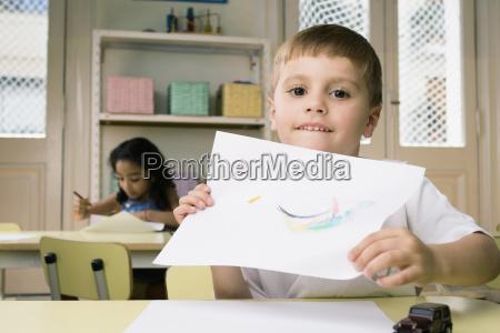 portraet eines jungen eine zeichnung mit