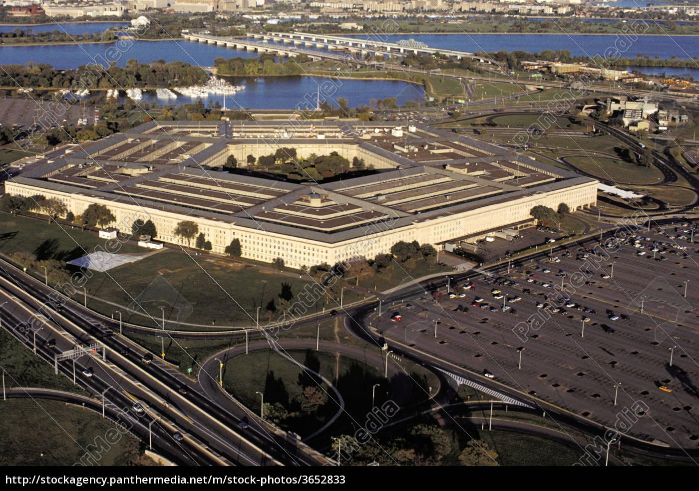 luftaufnahme, eines, regierungsgebäudes, in, einer, stadt, pentagon, washington - 3652833