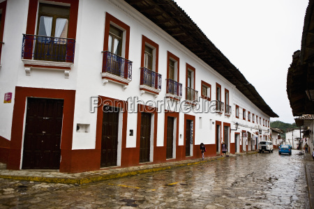 buildings in a street cuetzalan puebla