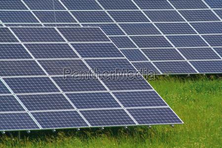 energie strom elektrizitaet solar erneuerbare leuchten