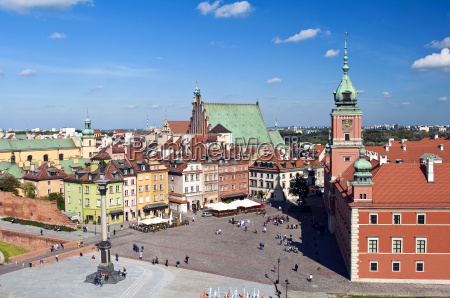 warsaw old town square and royal