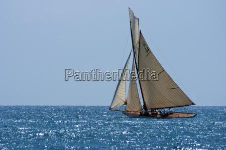 klassische yacht im mittelmeer