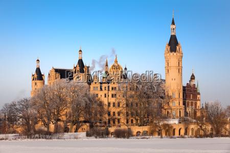 schwerin castle in winter