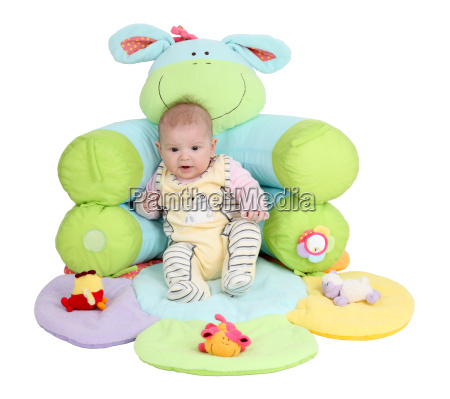 baby in nest game
