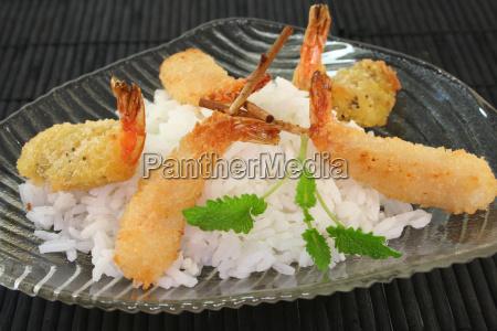 thailaendische garnelen spezialitaeten