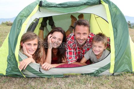 campeggio per famiglie in campagna