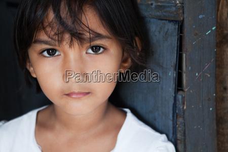 retrato de ninya asiatica manila