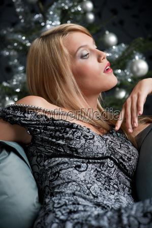 frau sexy knackig weihnachtszeit provokativ herausfordernd