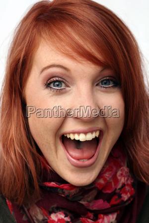 ein herzhaftes freudiges lachen