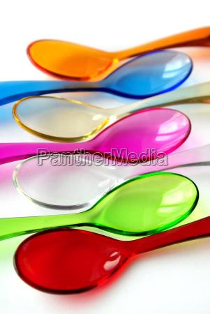 loeffel plastik kunststoff bunt farbenfroh design