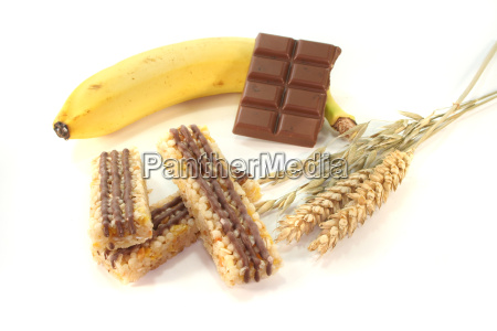chocolate banana cereal bar