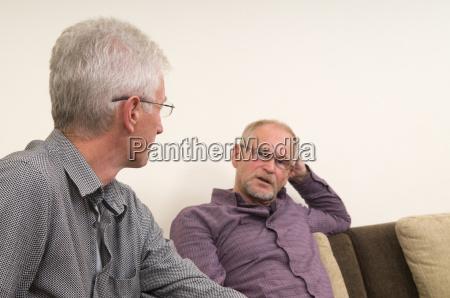 besprechung von senioren
