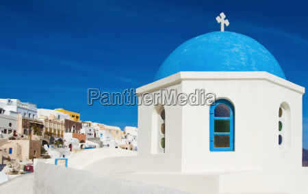 greek chapel in santorini