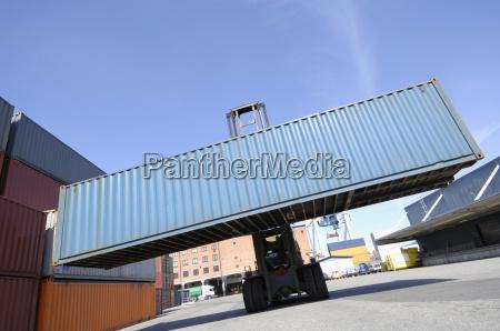 gabelstapler hebe fracht container