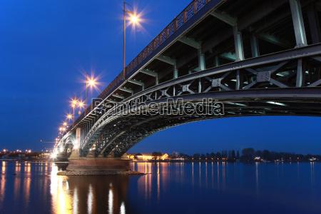 theodor heuss bridge in mainz