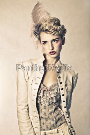 schoene blonde mode modell