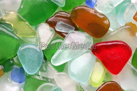 glas becher trinkgefaess kelch farbe wrack