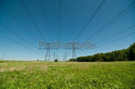 elektrische uebertragungs towers electricity pylons
