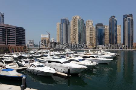 yachten in dubai marina vereinigte arabische