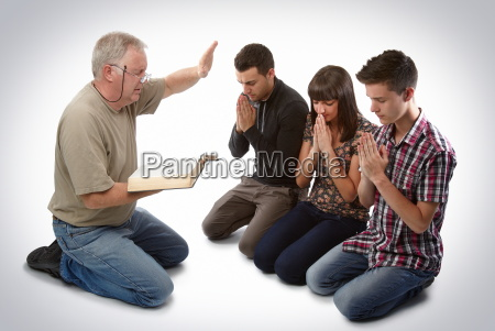 leading three people to christ