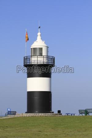 leuchtturm in wremen an der nordsee