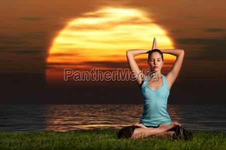 yogi sonnenaufgang