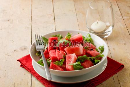 wassermelone und rucola salat