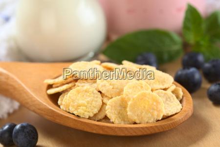 sweetened corn flakes