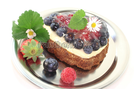 forest fruit tart