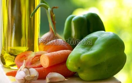 olive oil and vegetable ingredients