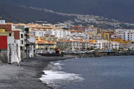town and beach of candelaria at