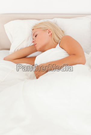 ruhige frau schlafend