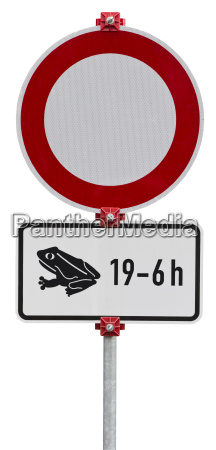 no through road because of frogs