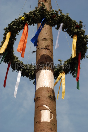 kaerwakranz wreath folk festival