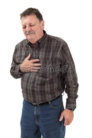 starke schmerzen in der brust