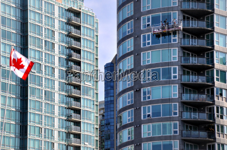 urban contrasts in vancouver downtown with