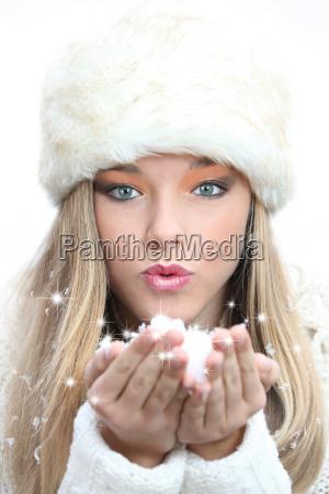 schoenes maedchen weihnachten oder neujahr wuensche