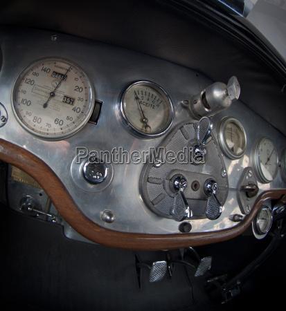 alte autos armaturenbrett