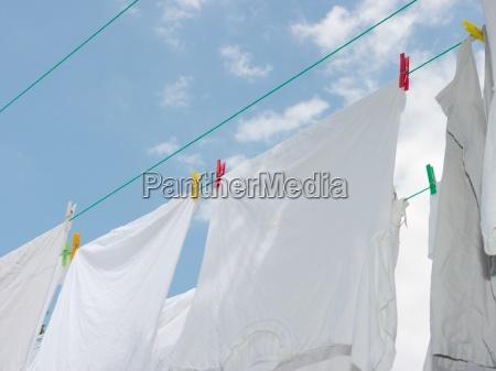 abwaschen waschen trocken ausgedorrt haengen trocknen