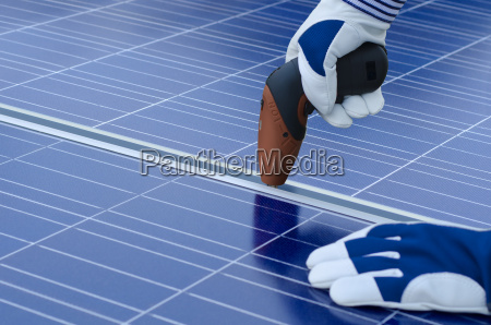 montage von solarmodulen